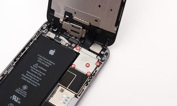 Trocar bateria iPhone 6 passo 4
