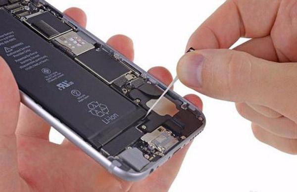Trocar bateria iPhone 6 passo 5
